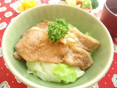 豚肉はちみつ生姜焼き丼.JPG